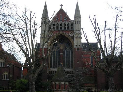 Church beside Regent's Canal