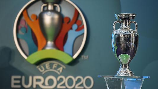 Ronaldo Singkirkan Coca-Cola, UEFA Minta Pemain Hormati Sponsor