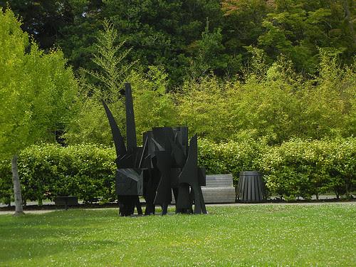 DSCN9256 _ Sculpture Garden, De Young Museum, San Francisco