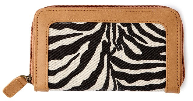 We went wild for this this canvas zebra purse, and at just £5 it's a steal