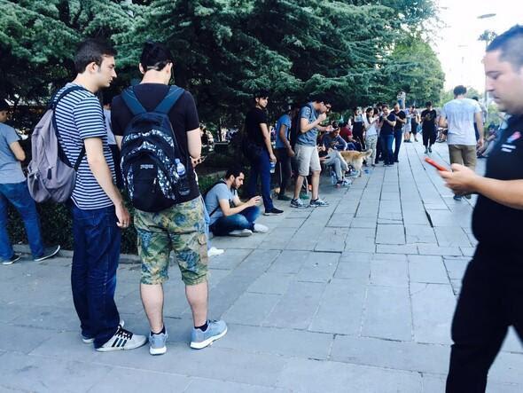 Ankara'nın göbeğinde pokemon arıyorlar