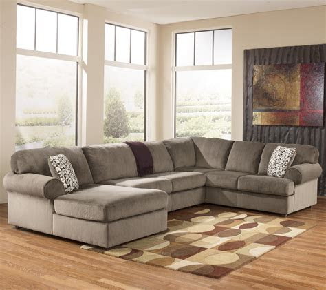 casual sectional sofa  left chaise  signature design
