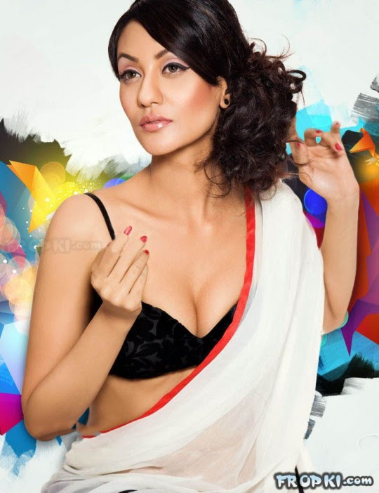 Bollywood-Celebrities-Deep-Neck-Open-Chest-Blouse-Dress-Designs-Indian-Actresses-Strapless-Dress-8