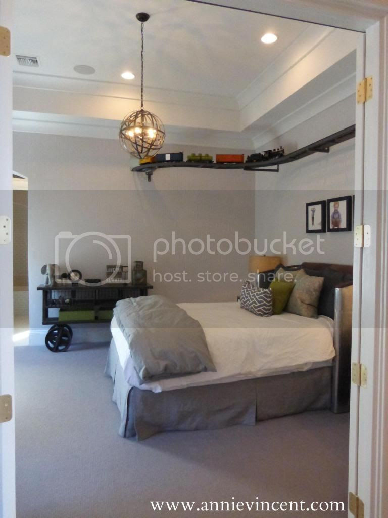 neutral beige tan gray grey boys room