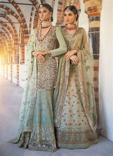 Best 25  Traditional outfits ideas on Pinterest