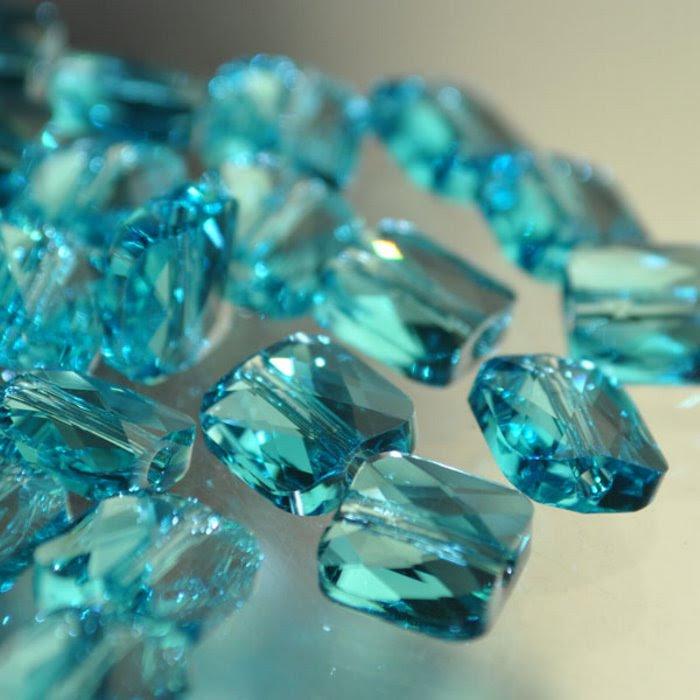 27750530060263 Swarovski Bead - 8 mm Mini-Square (5053) - Light Turquoise (1)