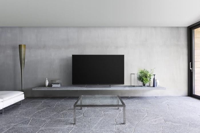 Panasonic CX850 4K UHD TV