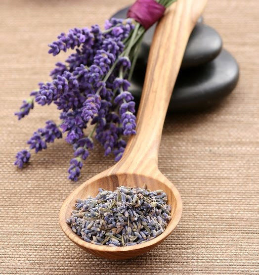 Dried Lavender Flower Heads Heavenly Scent for Tea Sachet Aromatherapy Bath Soothing Medicinal 2 Oz