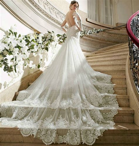 Luxury Lace Wedding Dresses Royal Cathedral Train Sexy