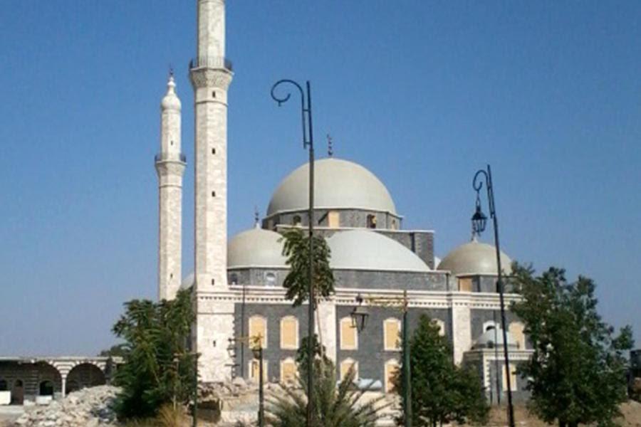 Exterior de la Mezquita de Jaled ibn al Walid de Homs (Foto: Pablo Sapag M.)