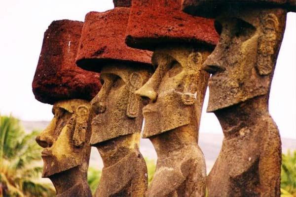 statues-ile-de-paque