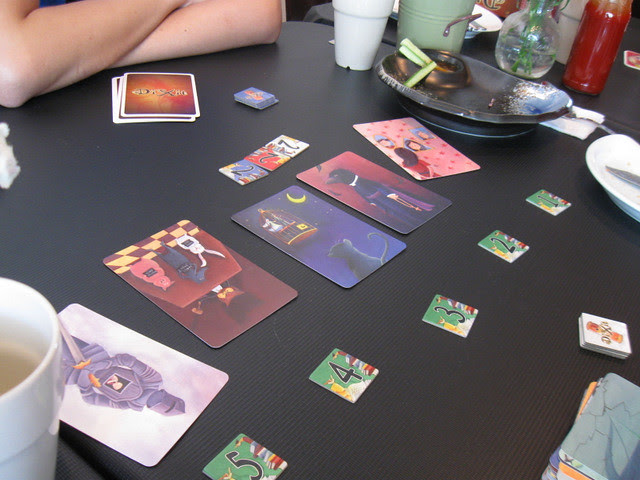 Little Cafe: Playing Dixit