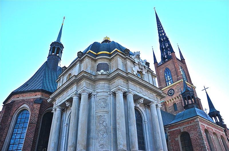 File:Riddarholmskyrkan Karolinska gravkoret sett från nordöst.jpg