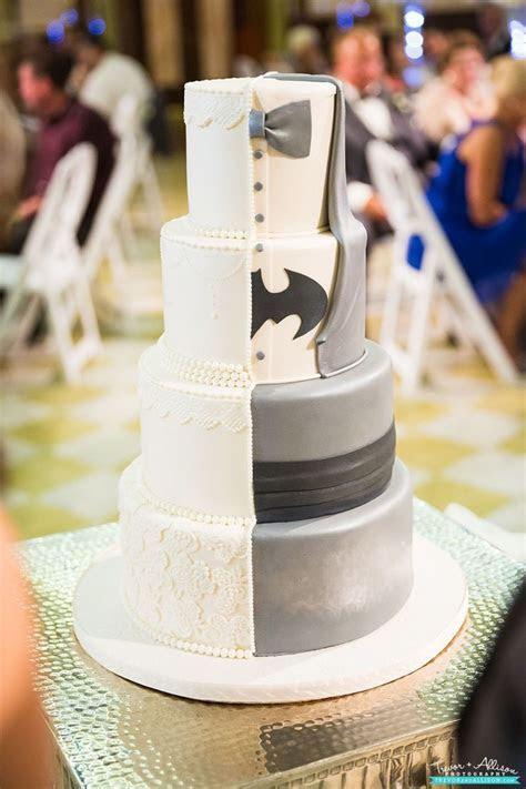 Best 25  Batman Grooms Cake ideas on Pinterest   Wedding
