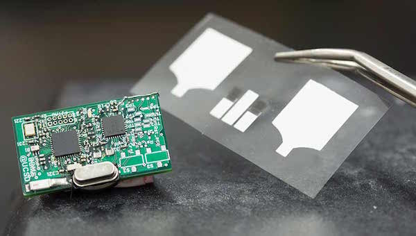 Chem-Phys wearable sensor
