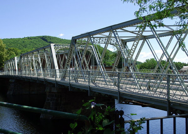 Shelburne Falls, The Iron Bridge