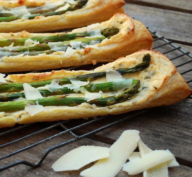 Creamy Asparagus Puffs 2