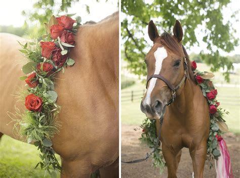 Kentucky Derby Themed Wedding   Southern Bride & Groom