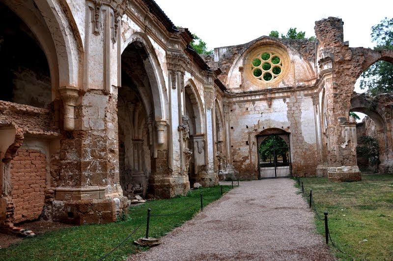 Resultado de imagen de monasterio de piedra