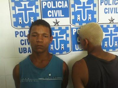 Dupla foi presa na Rua B, Bairro Júlio Aderne (Foto: Ubatã Notícias)