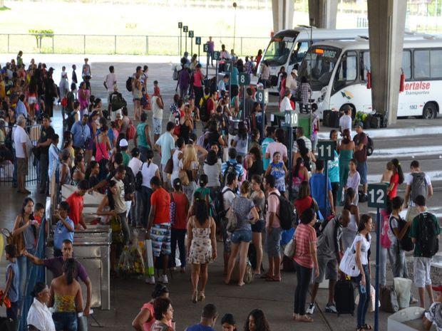 Quantidade de embarques é 5,3% maior que o mesmo período em 2011 (Foto: Fredson Navarro / G1)