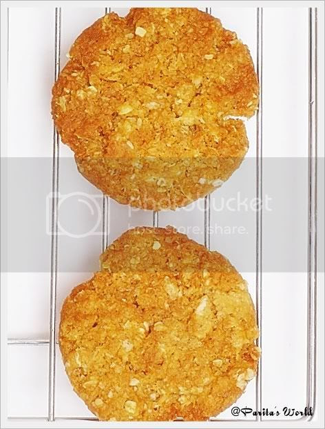 Anzac Cookies,Anzac Biscuits,Eggless Oat cookies,Eggless Baking,Eggless Cookies,Oat biscuits,Oat and coconut cookies,eggless oat and coconut cookies