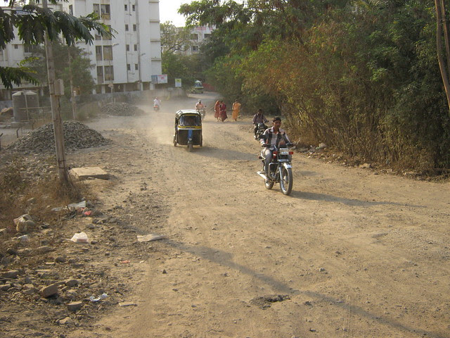 Kacha Road from Maratha Mandir to Lohia Jain Group's Riddhi Siddhi, 2 BHK & 3 BHK Flats at Bavdhan Khurd, Pune 411 021