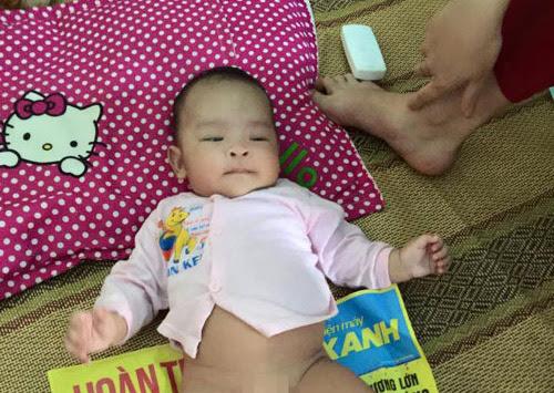 Hình ảnh Bé gái 3 tháng tuổi bị mẹ bỏ rơi ở Hải Phòng số 1