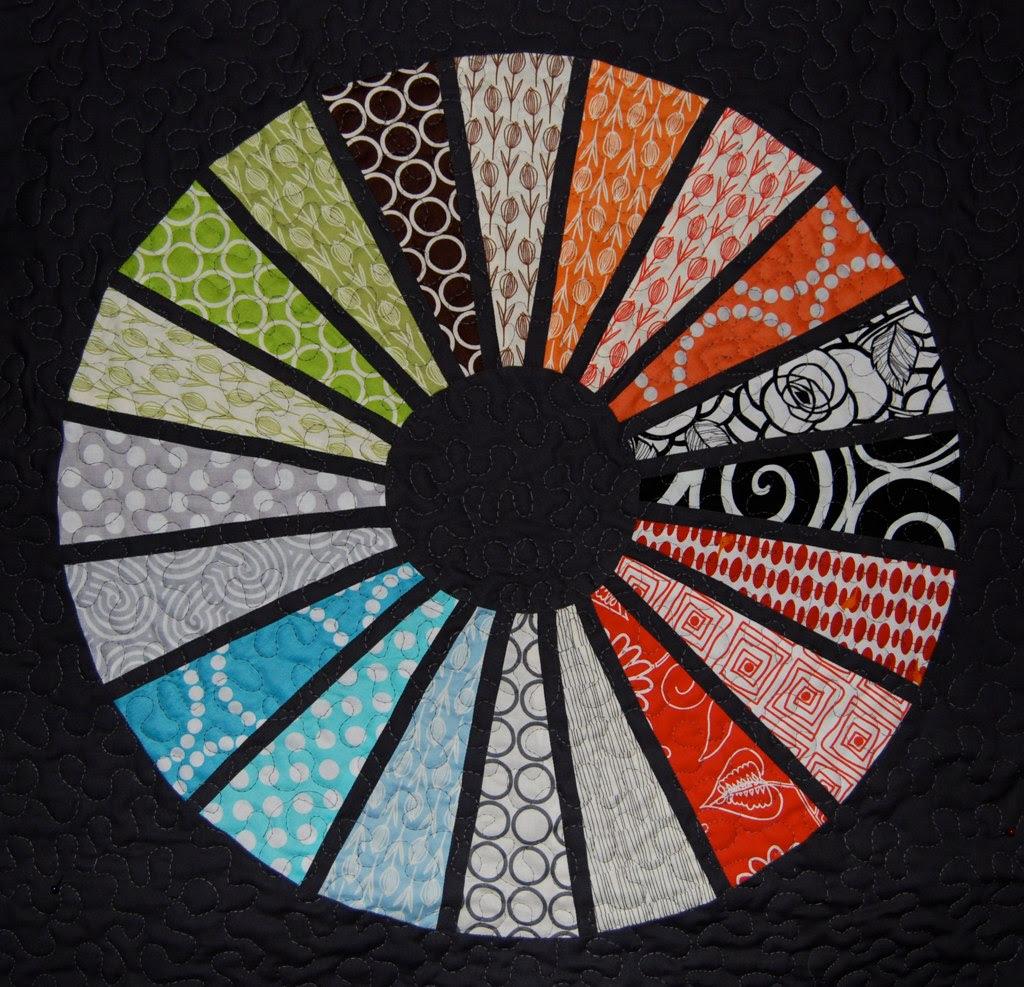 A mini QAL quilt