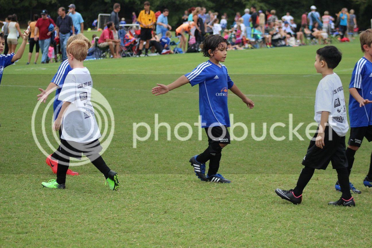 photo soccer40_zpsce706f3e.jpg