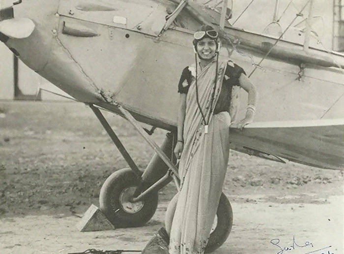 Sarla Thakral Was First Indian Woman To Fly. She Earned An Aviation Pilot License In 1936 At The Age Of 21 And Flew A Gypsy Moth Solo