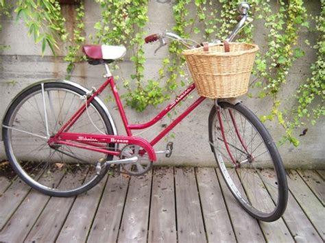 schwinn breeze 3 speed cruiser vintage bike Archives
