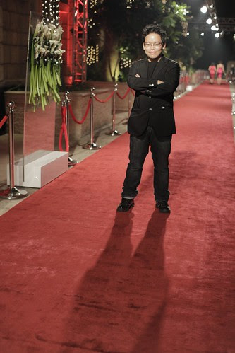 Casting my shadow over the red carpet