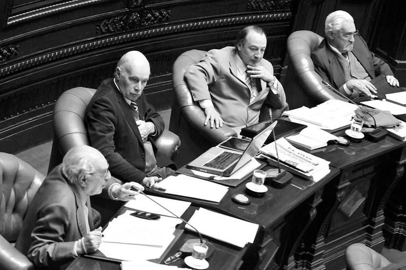 Alberto Couriel, Enrique Rubio, Óscar López Goldaracena y Luis José Gallo, ayer en el Senado. / foto: Javier Calvelo