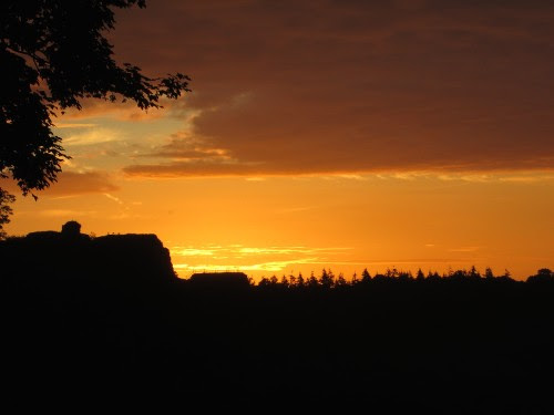 sunsetovercastle-june2014.jpg