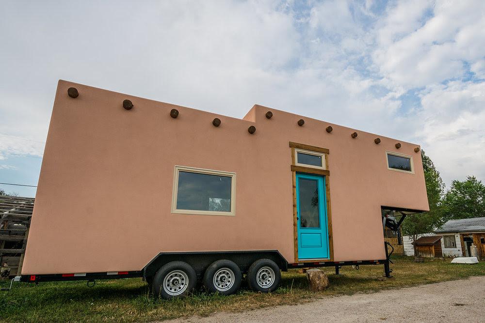 Adobe Tiny House by Mitchcraft 001a