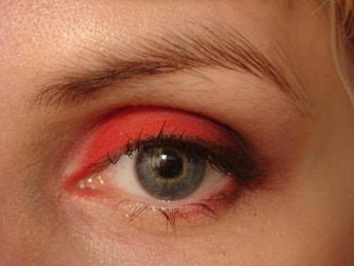 Eyeshadow: Red #99 {closed}