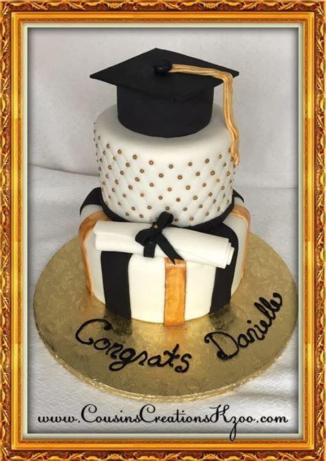 Graduation Cakes   Cousin's Creations