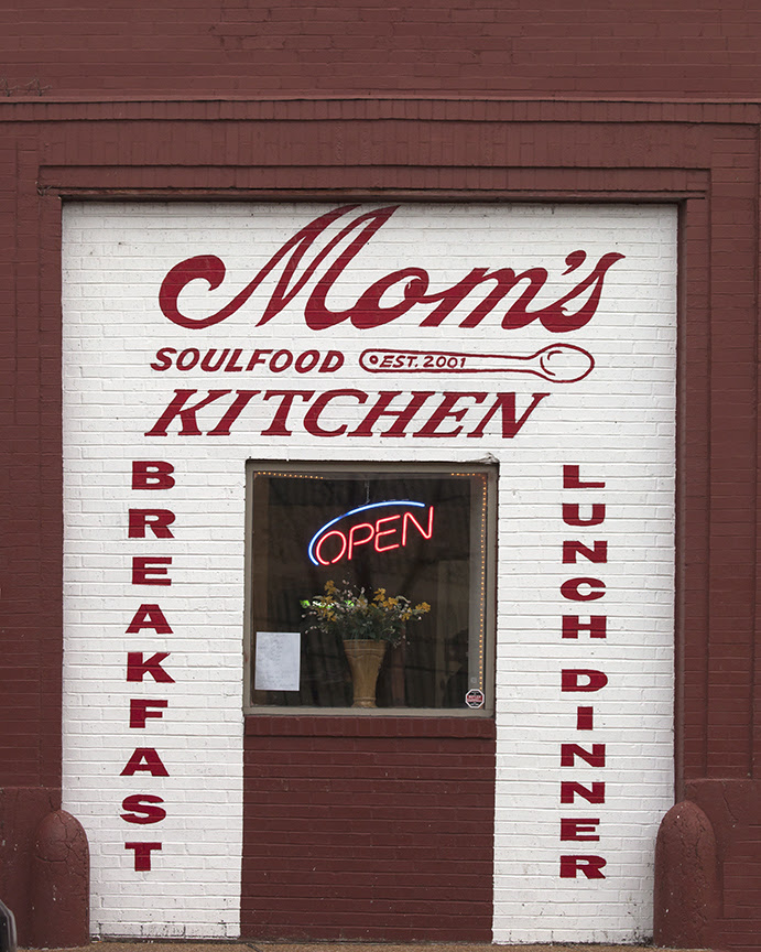 Mom's Soul Food Kitchen 1