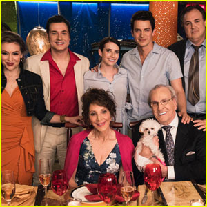 Emma Roberts & Hayden Christensen - 'Little Italy' First Look!