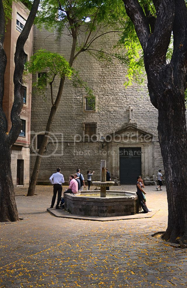 Sant Felip Neri Square, Barri Gotic, Barcelona [enlarge]