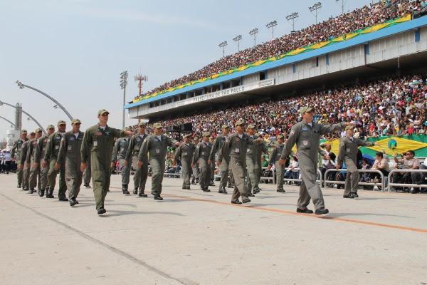 Pilotos da Fab em desfile de sete de setembro.