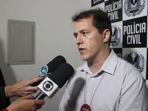 Delegado informou que suspeitos de estupro coletivo no PIauí gravaram vídeos com a vítima em sitações absurdas  (Foto: Pedro Santiago/G1)