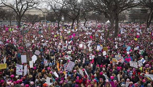 La Marcha de las Mujeres convoca a miles de personas contra Donald Trump en Washington. Foto: EFE.