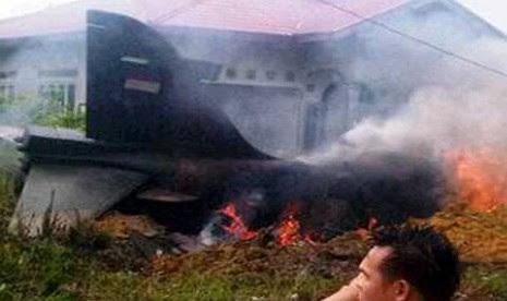 Jet TNI Jenis Hawk Jatuh di Kampar