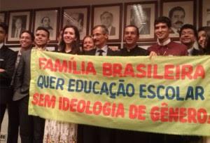 Pro_vida_pro_familia_Brasilia2014