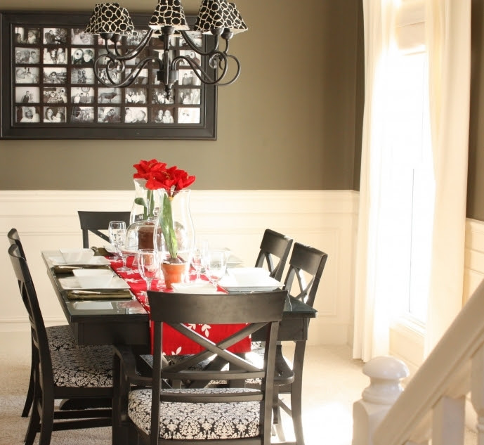 Small Dining Room Decorating Ideas With Glass Dining Table Centerpieces And Red Roses Vase Photos 30 Small Room Decorating Ideas