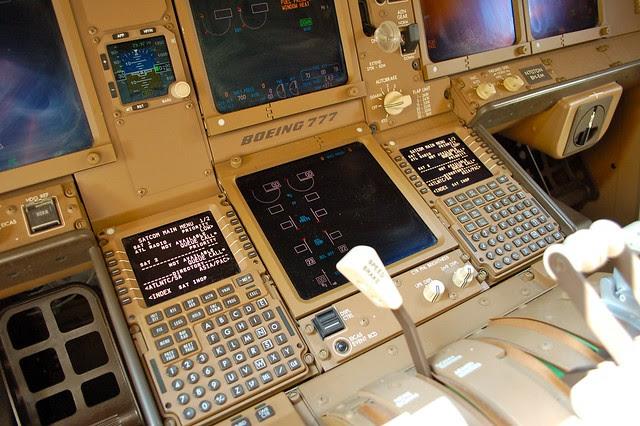 Delta Air Lines Boeing 777-200LR N707DN
