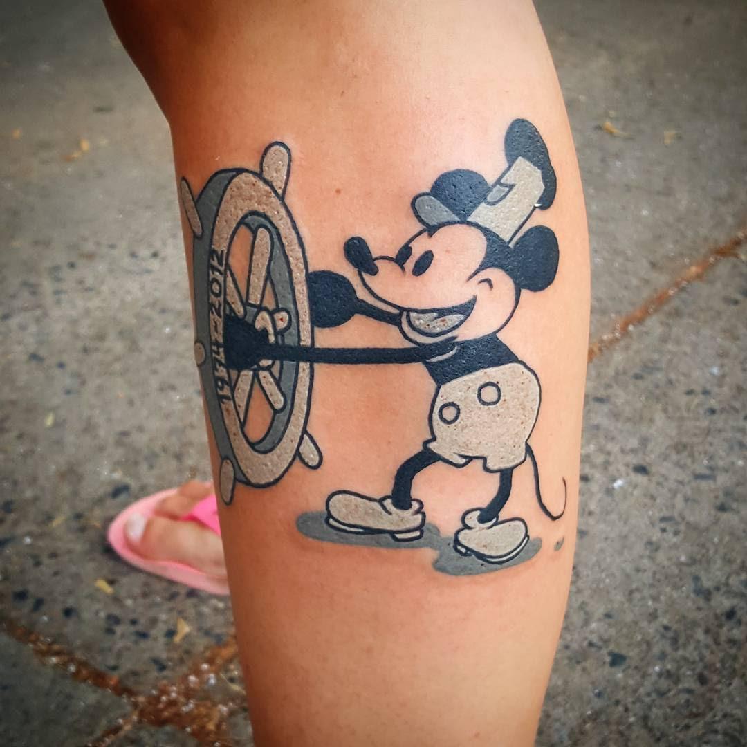 Tatuajes De Mickey Mouse Related Keywords Suggestions Tatuajes