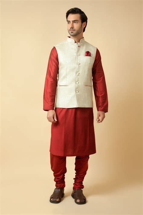 Jute jacket embellished with thread work with plain silk